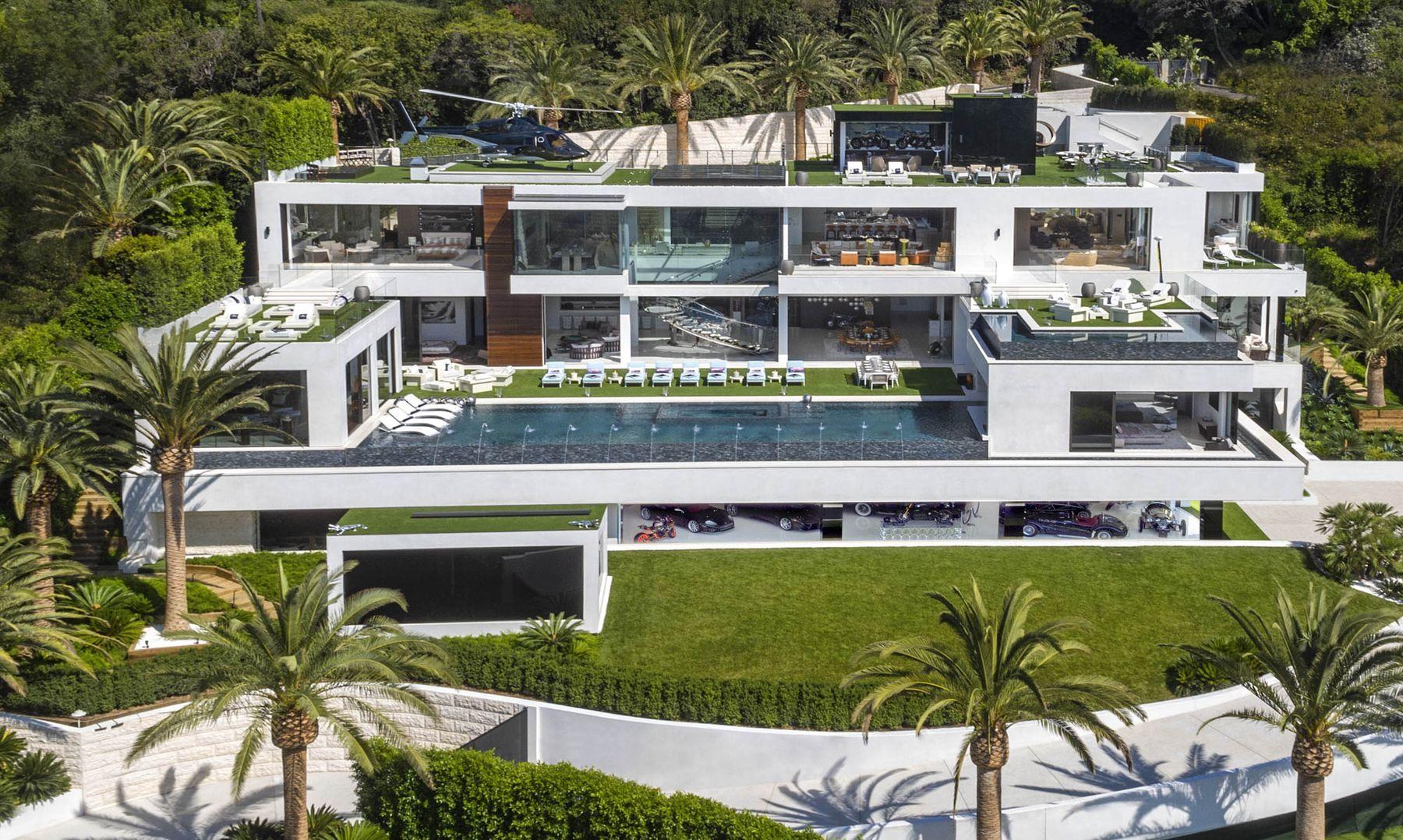 Bruce Makowsky's Mansion